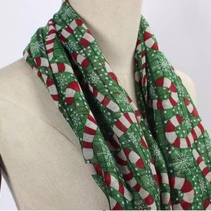 Accessories - Green Red Candy Cane Snowflake Christmas Scarf New